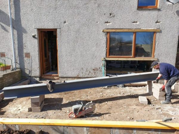 Home Extension Support Beam Tradesman Builder